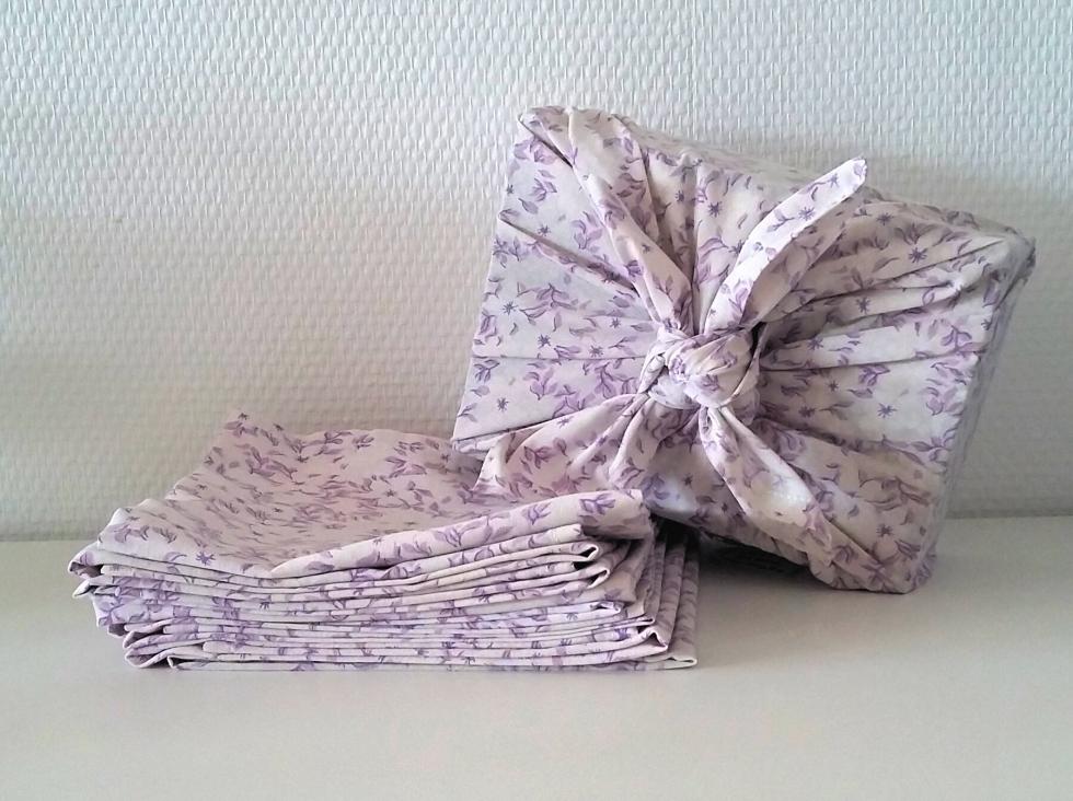 Furoshiki-emballage-cadeau-tissu